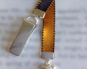 Owl Bookmark / Cute Owl Bookmark - Attach clip to book cover then mark the page with the ribbon. Never lose your bookmark!
