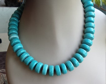 One strand turquoise necklsce