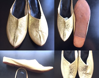 Vintage Leather Babouche Moroccan Slippers