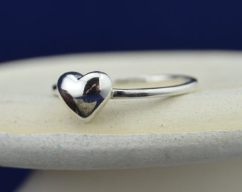 Sterling silver tiny heart ring in sizes 4, 6, 8, 9