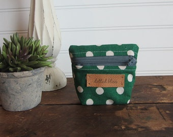 Small Kelly Green Dot Coin Purse, Mini Zipper Bag, Coin Purse with Gusset, Small Zipper Bag, Green Dot Small Zipper Bag, Mini Wallet
