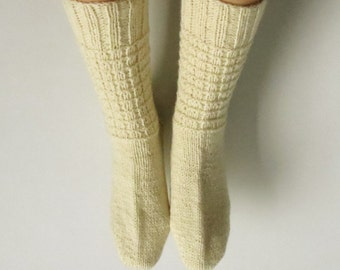Hand Knitted, NZ Sheep Wool Socks for Women and Men. Size 10-11.