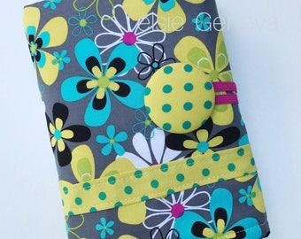 Floral Crochet Case, Crochet Case, Floral Crochet Roll, Crochet Organizer, Crochet Hook Case, Floral Hook Holder, Crochet Bag