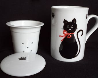 China mug with lid and filter for your tea. Cat decor.