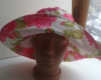 Floral ladies sun hat White pink summer Panama hat Cotton Cloche wide Brim hat white floppy hat Beach hat for women Brimmed hat lady