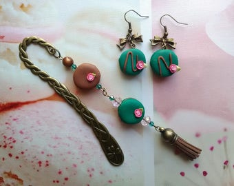 + Set emerald green-chocolate macaroons bookmarks / gift idea