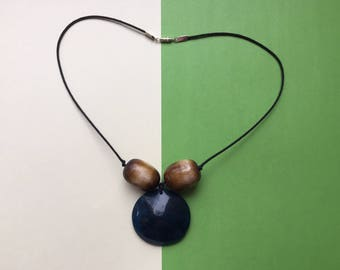 Chunky bead necklace, cord necklace, wood bead necklace, wood necklace, statement necklace, blue necklace, blue pendant, chunky necklace