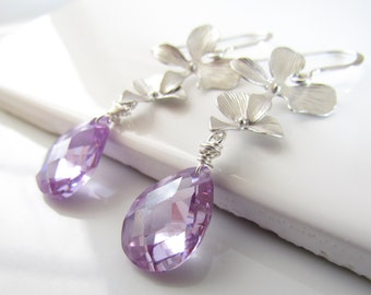 Lavender Crystal Earrings, Lavender Cubic Zirconia Earring, Orchid Wedding, Purple Bridesmaid Earrings, Lilac Crystal Earrings, Light Purple