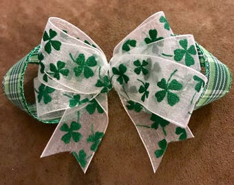 St. Patrick's Day hair bow.