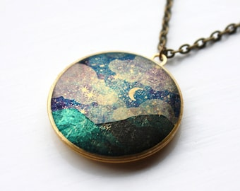 Starry Night locket with long chain, stars locket pendant, dreams necklace, stars, handmade, vintage, gift, necklace, mountains, moon