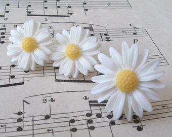 White Daisies Ring and Earring Set, Daisy Ring, Daisy Earrings, White Daisy