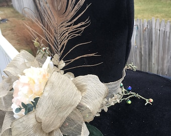 Gold Creme Witch Hat
