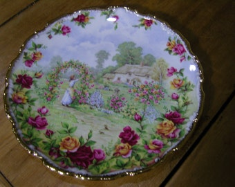 Old Country Roses Garden Royal Albert Plate