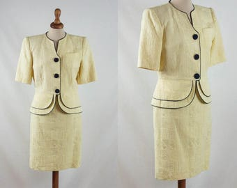 80s vintage suit, light yellow blue, eighties tailleur, two pieces, pencil skirt suit, embroidered suit, made in france, french vintage