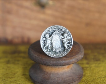 Solid Silver Antique Style Winged Cherubs Ring