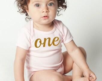 First 1st Birthday Gold Glitter 'One' Cotton Baby One Piece Bodysuit