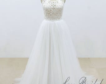 Elegant Lace Wedding Dress with Blush Lining Bodice A Line Tulle Wedding Dress with Small Cap Sleeves
