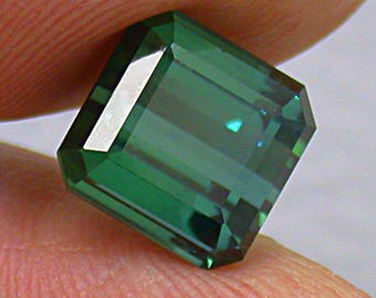 Vintage TOURMALINE Faceted GEMSTONE BLUE Green emerald cut 6.37cts fg122