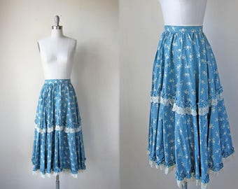 1970s vintage long sky blue floral flower print lace boho bohemian fitted waist full peasant skirt s