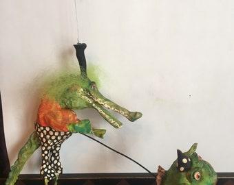 CREEPY Primitive ALLIGATOR and FROG Friend primitive papermache clay decoration ornament art sculpture finished