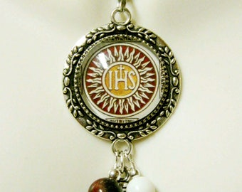 IHS pendant and chain - AP26-076