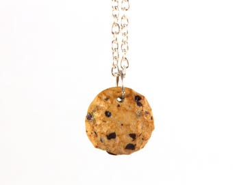 Chocolate chip cookie necklace