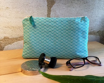 "Clutch in cotton and burlap ""green scales"". Green tassel."