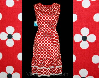 Size 4 Sun Dress - Cute Red Daisy Print 60s Dress - Summer 1960s Floral Cotton - Ruffle Hem - Bust 34 - Deadstock - Mint Condition - 41832-2