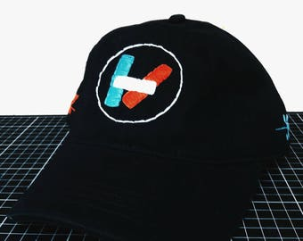 Old logo hand-embroidered hat