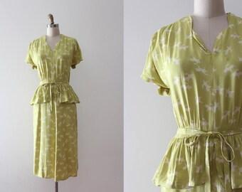 vintage 1940s UNICORN dress // 40s novelty print unicorn dress with belt