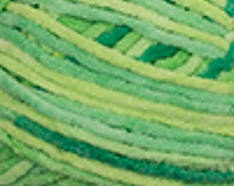 Green Yarn - Cascade Yarns Pluff Super Bulky #05 Lime
