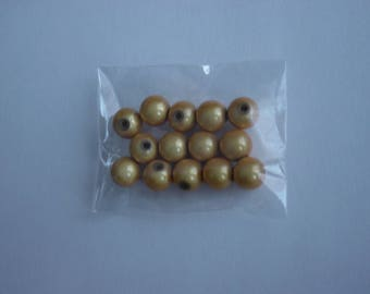 14 magic beads / miracles 8 mm golden yellow