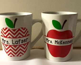 Teacher Appreciation Day Gift --Personalized Teacher Mug -- Teacher Appreciation Week Gift