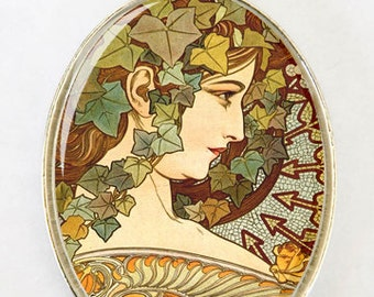 Art Nouveau Goddess Ivy LARGE 40X30mm Glass domed pendant