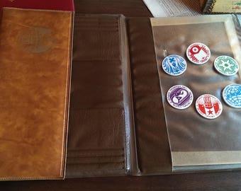 Vintage Brown Leather Portfolio, 6 Pioneering Badges from Socialism Era, Student Portfolio Bag, Office Folder, Retro Bag from 1970s