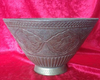 Authentic Vintage Hand Carved Ottoman Art Style Antique Brass Bowl #1759