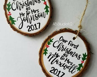 First Christmas Married Ornament, First Christmas as Mr and Mrs, Personalized Christmas Ornaments, Personalized Gift Newlyweds, Couples Gift