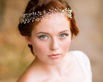 Delicate bridal hair vine Bohemian hair wreath Wedding hair vine Bridal headpiece Wedding headband Bridal headband Bridal halo Hair vine