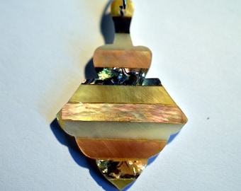 Vintage Mother of Pearl and Abalone Shell Intarsia Pendant (1060401)