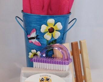 Flower Vase Gardening Soap Gift Set, Metal Flower Pot Gift , Gardener Soap Set, Hostess Gift, Teacher Gift, Thank You Gift