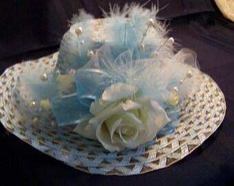 Julianne Hat