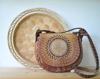Vintage hand tooled leather purse, brown leather bag, leather shoulder bag, small leather bag, festival bag, boho bag, CAS157