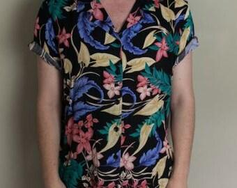 S Hawaiian Dark Floral Open Collar Button Up Short Sleeve Shirt