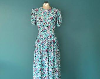80s Floral Print Midi Dress, Spring Dress, Mid Length, Short Sleeve, Belted, Yoke Waist, Ditsy Floral, Medium, TaraLynEvansStudio