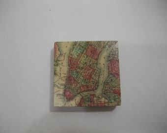 Fridge Magnets  /  Manhattan NYC Vintage Map Magnet  /  Refrigerator Magnets  / Magnet for Home, School, or Office