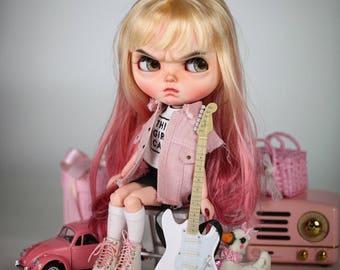 Angry Girl Blythe Doll Costume