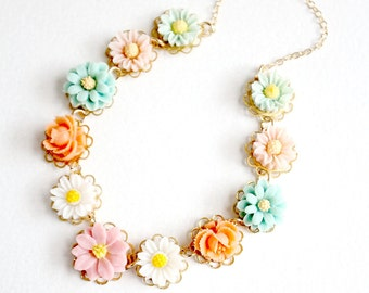 Pastel Flower Girl Necklace, Pastel girls necklace, pastel necklace