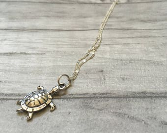 Turtle necklace, animal lover sea turtle surfing, beach jewellery, surf jewelry, summer charm necklace, gifts for women, friendship
