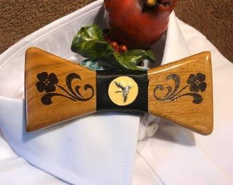 Bow Tie  hummingbird /Flower