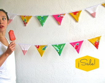 SALE SALE SALE! Oilcloth bunting (the fruit popsicle) with 15 triangle flags, 5 different kinds of patterned oilcloth for decoration, party